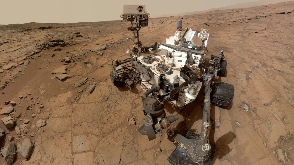Mars Curiosity Finds Water in Soil